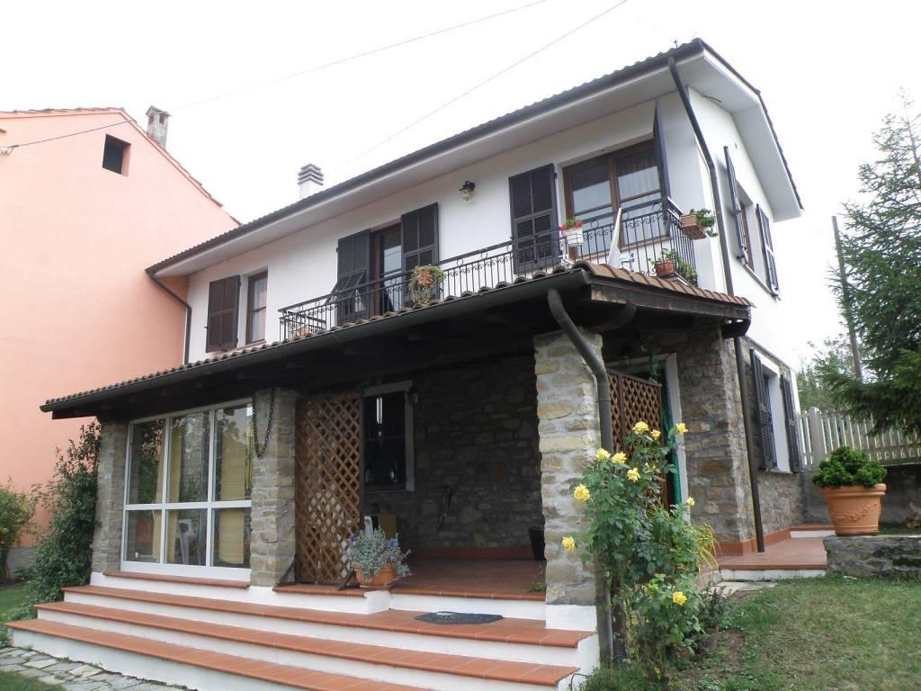 Villa a Schiera in vendita a Piana Crixia, 4 locali, prezzo € 130.000 | PortaleAgenzieImmobiliari.it