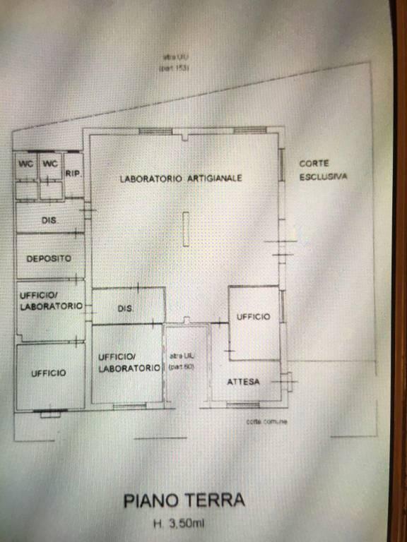 Capannone in Affitto a Pontedera: 30 mq