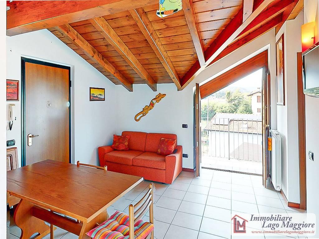 Attico / Mansarda in vendita a Ispra, 2 locali, prezzo € 99.000 | PortaleAgenzieImmobiliari.it