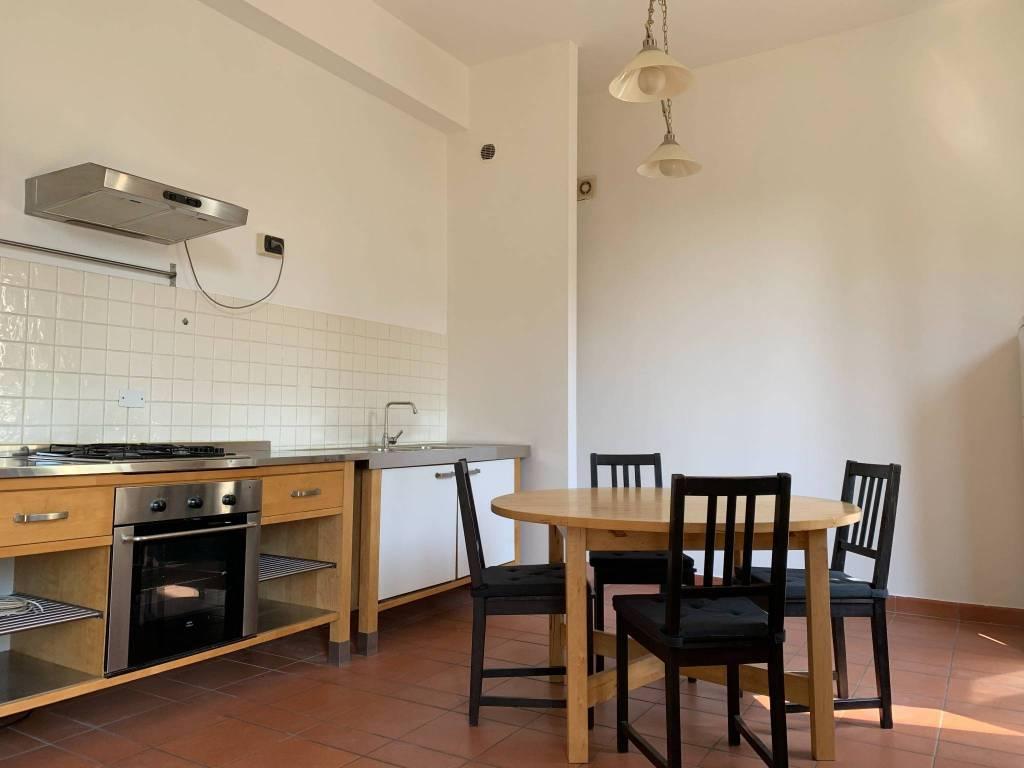 Appartamento in Affitto a Pistoia Centro:  2 locali, 65 mq  - Foto 1