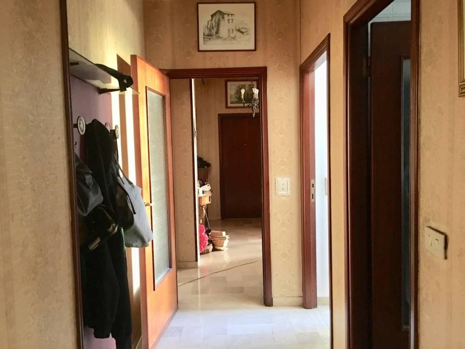 Appartamento in Vendita a Piacenza: 4 locali, 145 mq