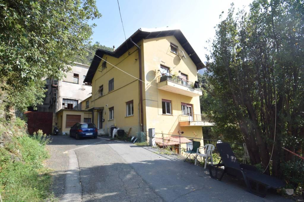 Appartamento in vendita a Mele, 4 locali, prezzo € 72.000 | PortaleAgenzieImmobiliari.it