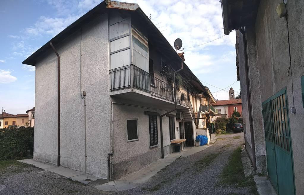 Appartamento in vendita a Vanzago, 4 locali, prezzo € 112.000 | PortaleAgenzieImmobiliari.it