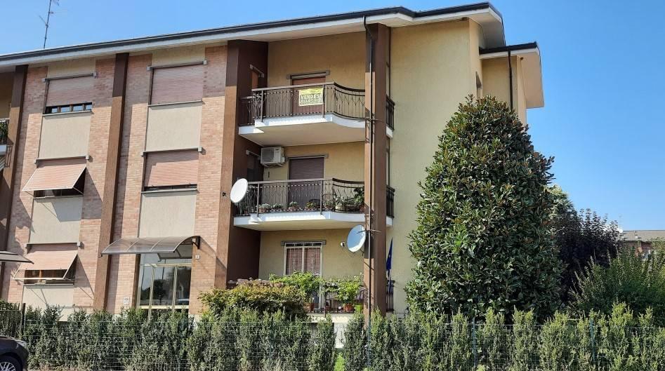 Appartamento in vendita a Santhià, 4 locali, prezzo € 79.000 | CambioCasa.it