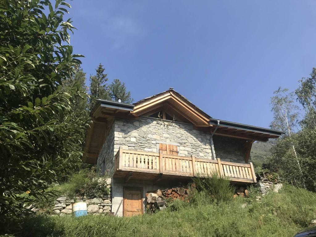 Rustico / Casale in vendita a Cino, 4 locali, prezzo € 147.000 | PortaleAgenzieImmobiliari.it