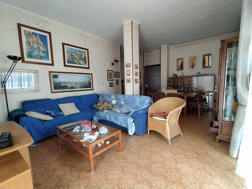 Appartamento in vendita a Segrate, 3 locali, prezzo € 334.000 | CambioCasa.it