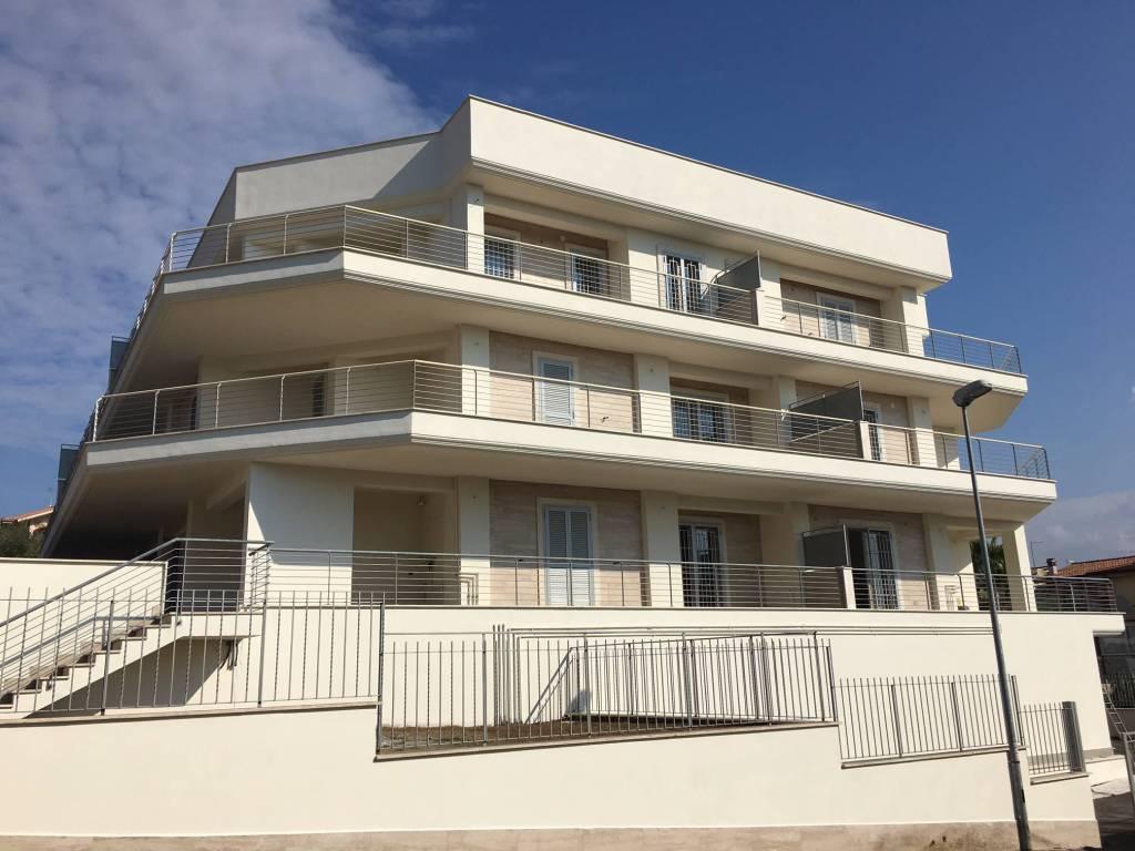 Appartamento in vendita a Fonte Nuova, 3 locali, prezzo € 155.000 | PortaleAgenzieImmobiliari.it