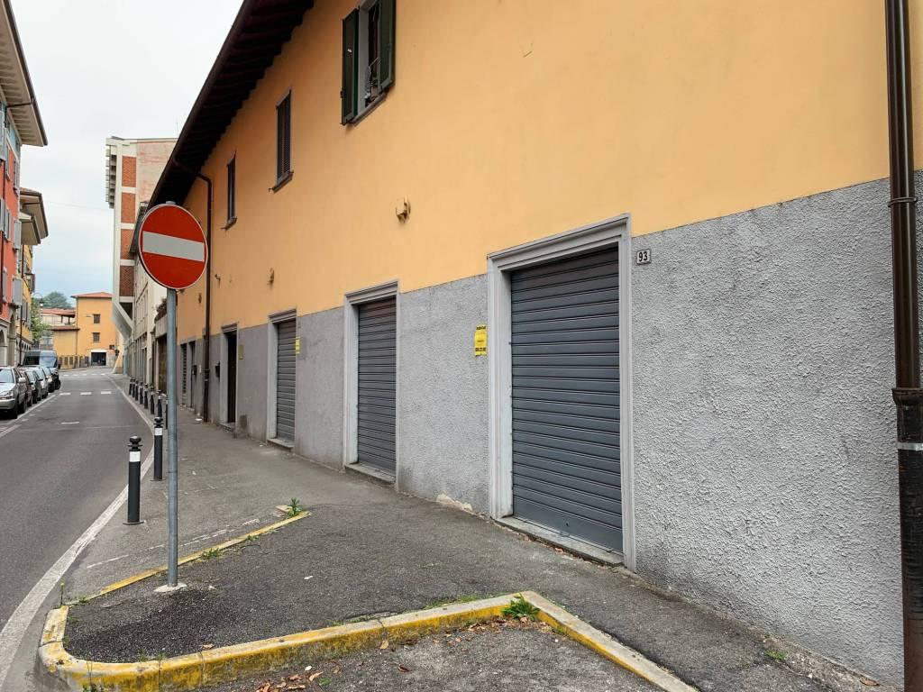 Negozio / Locale in affitto a Ponte San Pietro, 3 locali, prezzo € 1.000 | PortaleAgenzieImmobiliari.it