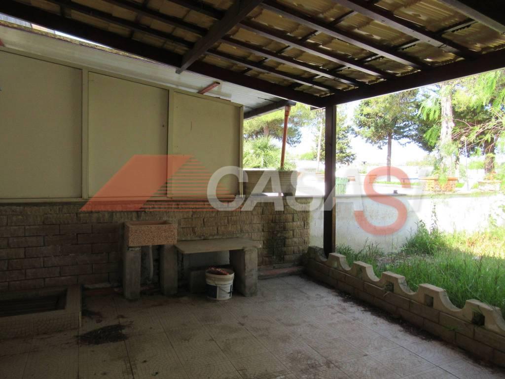 Appartamento in vendita a Uggiano La Chiesa, 3 locali, prezzo € 75.000 | PortaleAgenzieImmobiliari.it