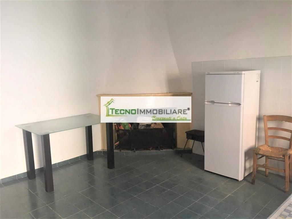 Appartamento in buone condizioni in vendita Rif. 6464219