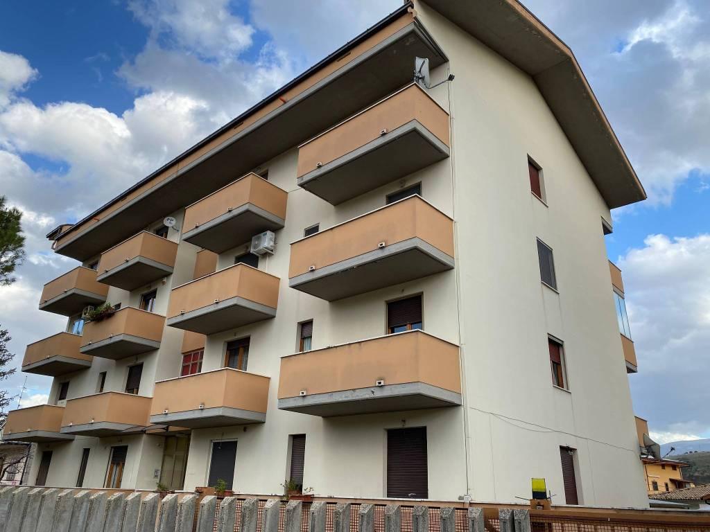 Appartamento in vendita a Torre De' Passeri, 3 locali, prezzo € 55.000 | PortaleAgenzieImmobiliari.it