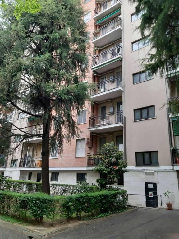Appartamento in vendita a San Donato Milanese, 2 locali, prezzo € 110.000   CambioCasa.it