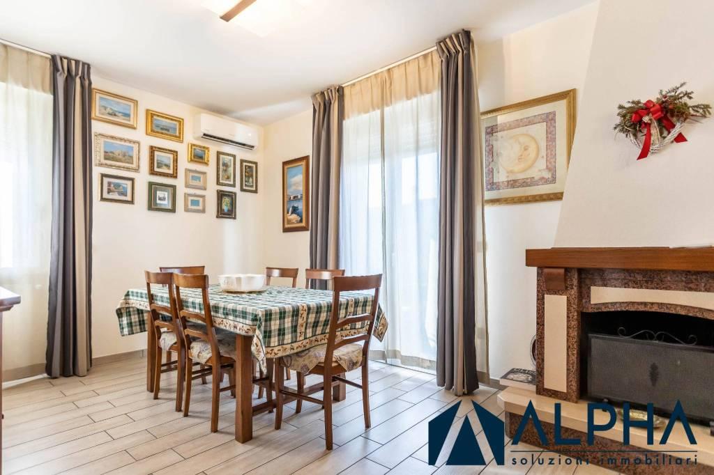 Appartamento in vendita a Cesena, 3 locali, prezzo € 235.000 | CambioCasa.it