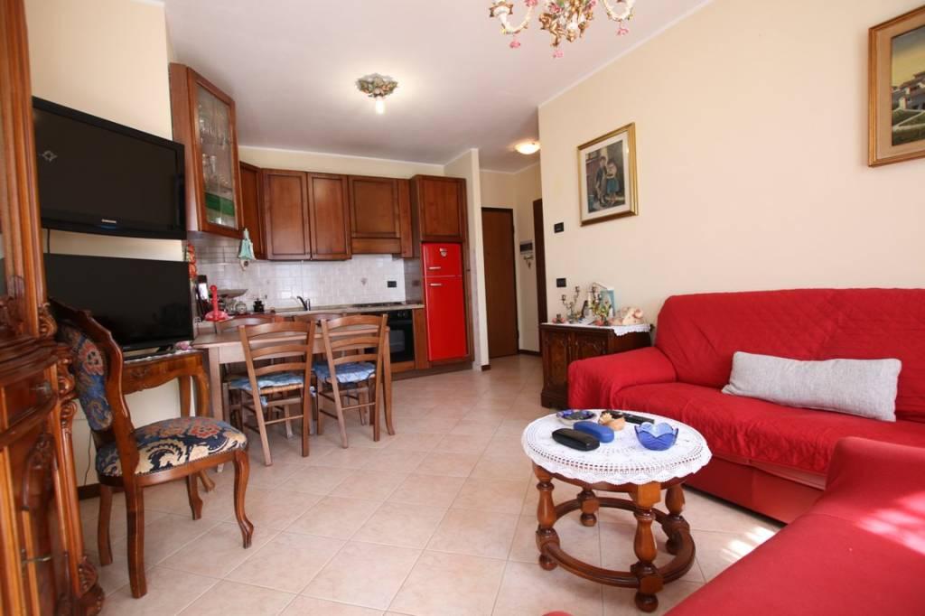 Appartamento in vendita a Longare, 3 locali, prezzo € 83.500 | CambioCasa.it