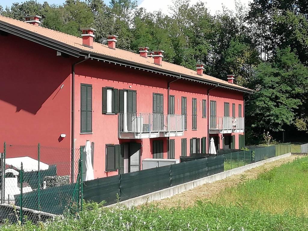 Appartamento in vendita a Brebbia, 2 locali, prezzo € 85.000 | CambioCasa.it