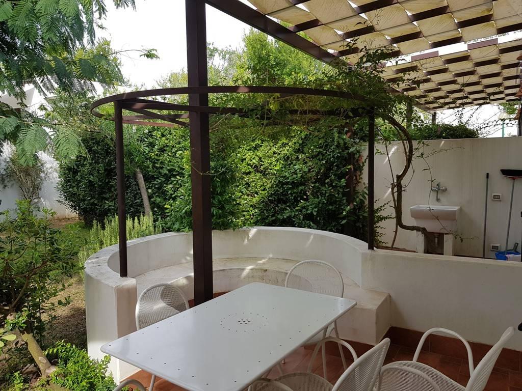 Villa in vendita a Otranto, 3 locali, prezzo € 100.000 | CambioCasa.it