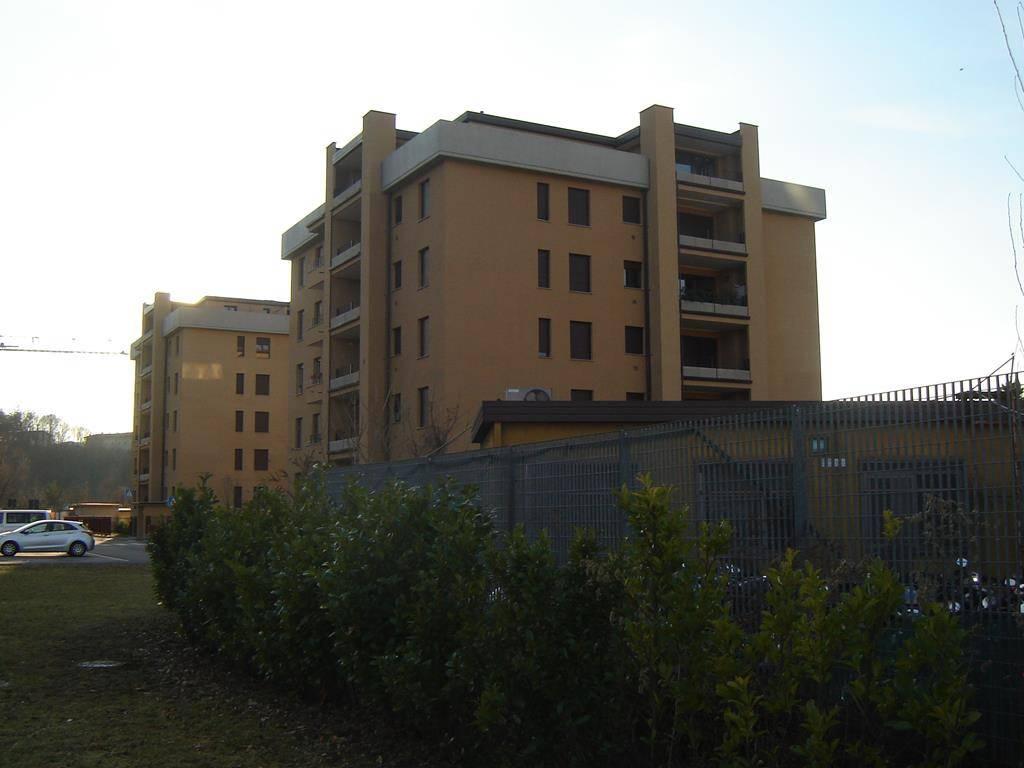 Appartamento in affitto a Como, 4 locali, zona Acquanera- Albate -Muggiò -, prezzo € 800 | PortaleAgenzieImmobiliari.it