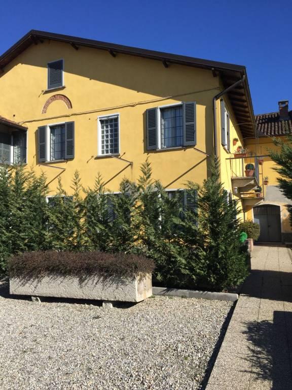 Rustico / Casale in vendita a Lodi Vecchio, 4 locali, prezzo € 350.000 | CambioCasa.it