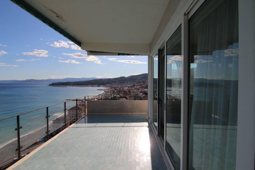 Appartamento in vendita a Varazze, 2 locali, Trattative riservate | PortaleAgenzieImmobiliari.it