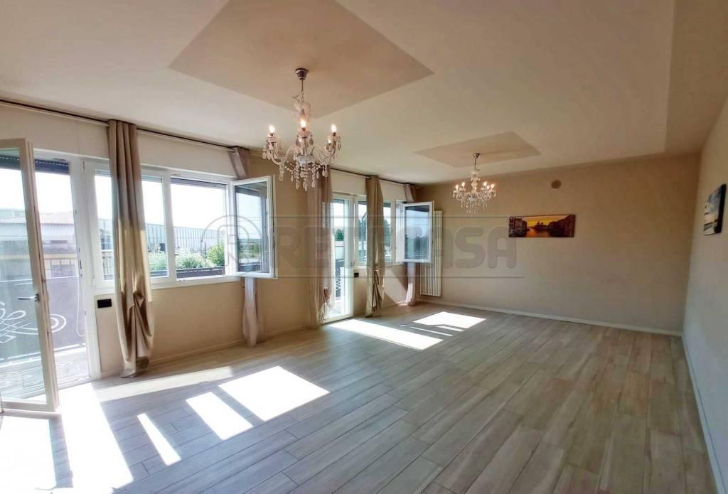 Appartamento in affitto a Grumolo delle Abbadesse, 5 locali, prezzo € 850 | CambioCasa.it