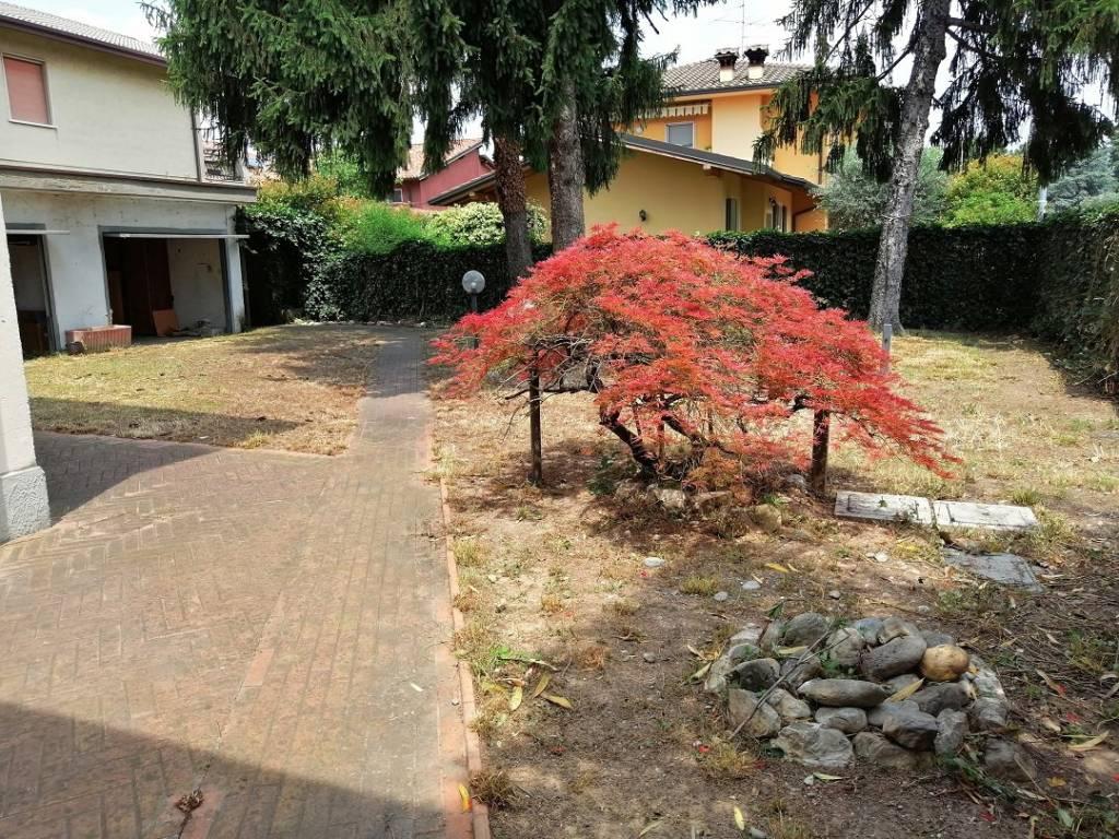 Villa in vendita a Roncadelle, 9 locali, Trattative riservate | PortaleAgenzieImmobiliari.it