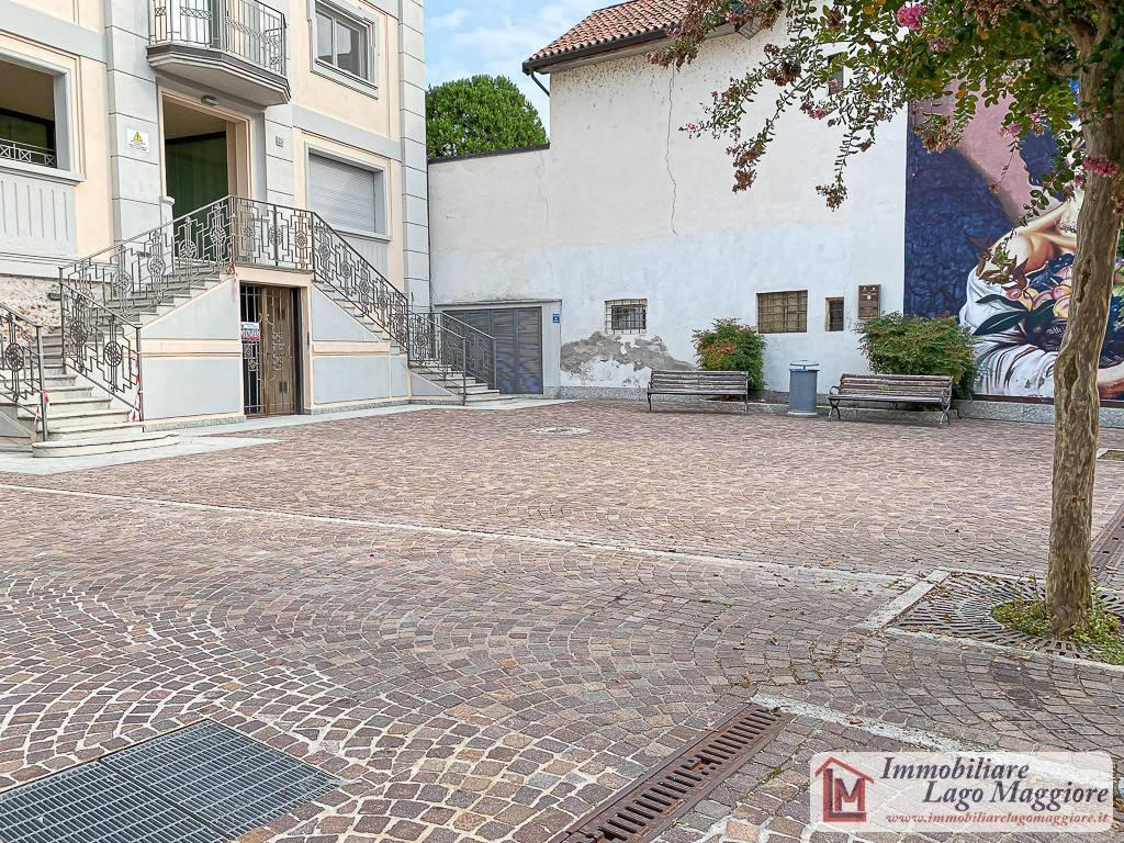 Negozio / Locale in vendita a Angera, 1 locali, prezzo € 130.000   PortaleAgenzieImmobiliari.it