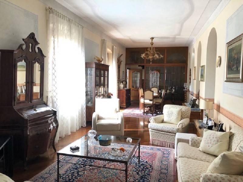 Appartamento in vendita a Cremona, 5 locali, Trattative riservate | CambioCasa.it