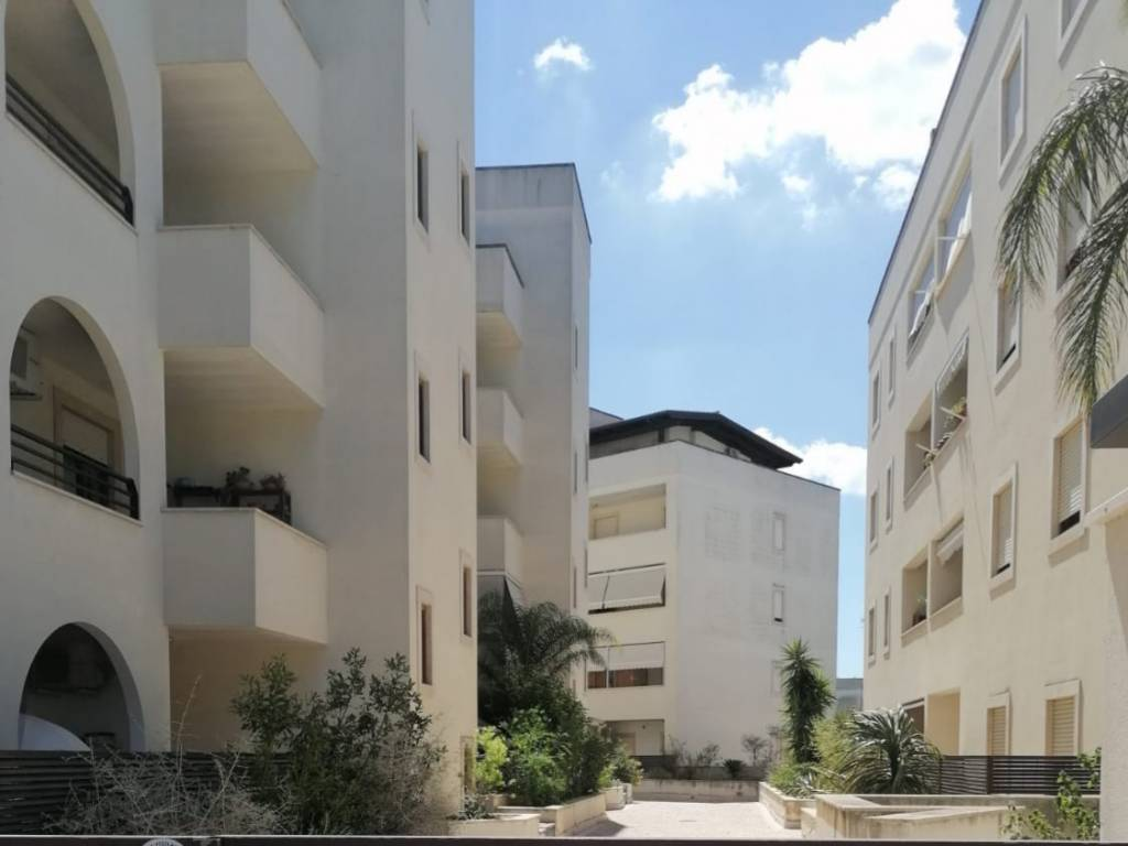 Appartamento in Vendita a Lecce: 3 locali, 93 mq