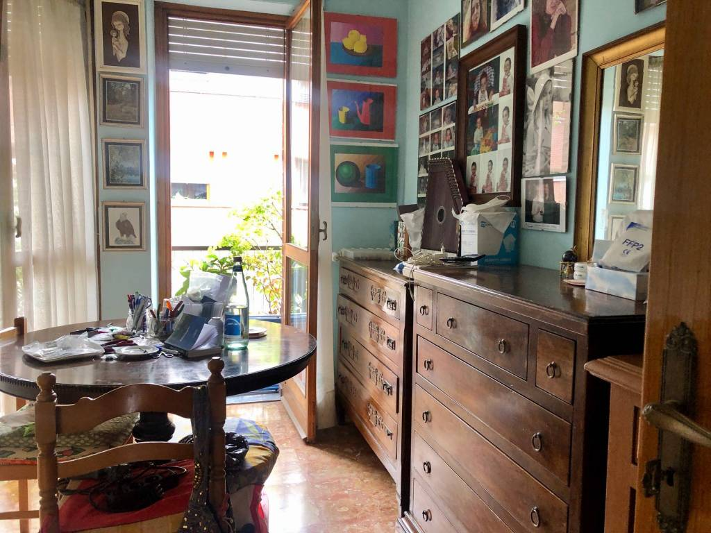Appartamento in vendita a Alba, 5 locali, prezzo € 265.000 | PortaleAgenzieImmobiliari.it