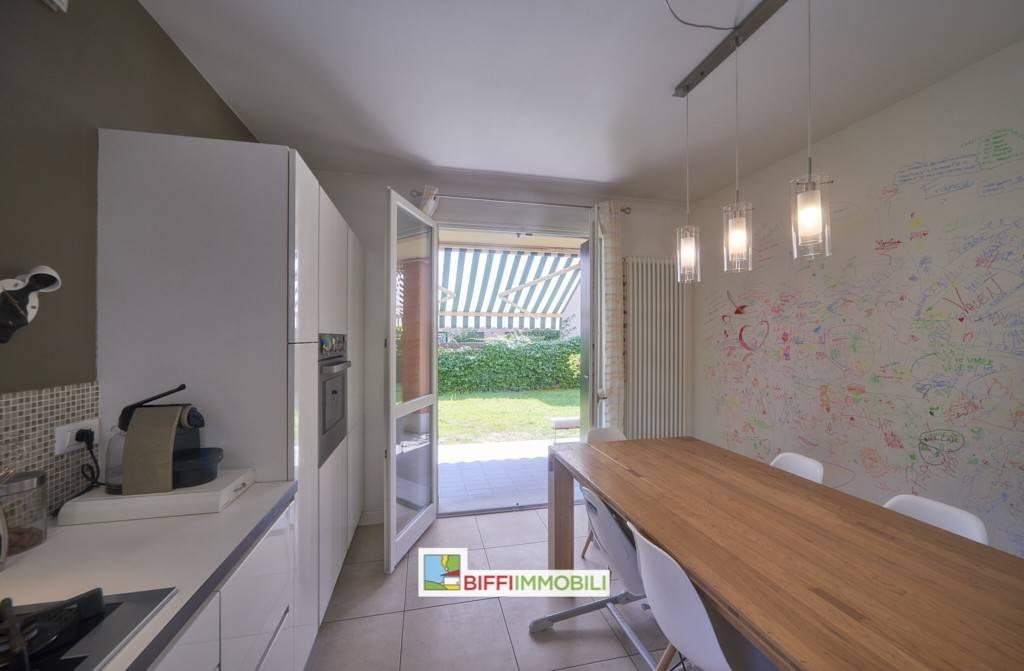 Appartamento in vendita a Malgrate, 3 locali, prezzo € 257.000 | PortaleAgenzieImmobiliari.it