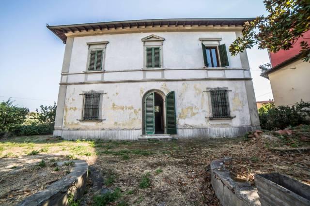 Villa in Vendita a Buggiano