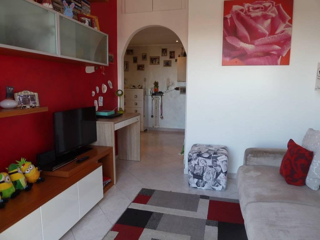 Appartamento in vendita a Senago, 2 locali, prezzo € 86.000   CambioCasa.it