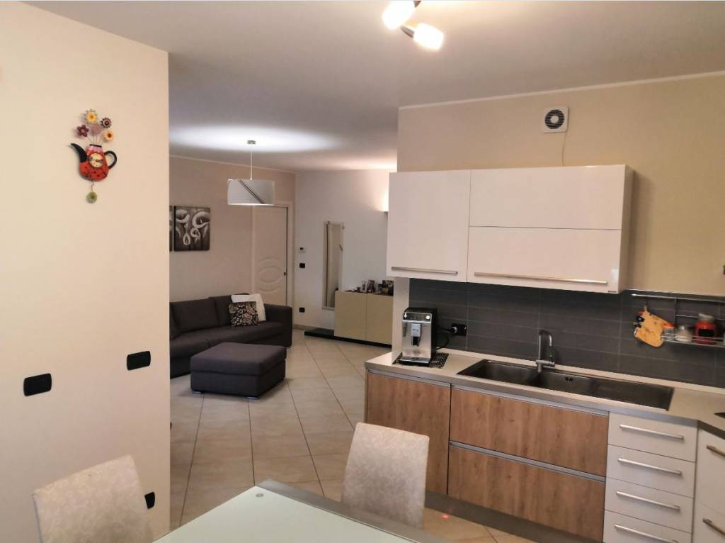 Appartamento in vendita a Fossano, 4 locali, prezzo € 255.000 | CambioCasa.it