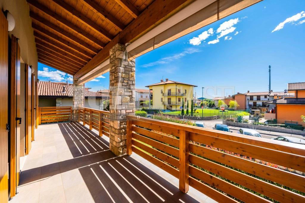 Appartamento in vendita a Scanzorosciate, 4 locali, prezzo € 279.000 | PortaleAgenzieImmobiliari.it