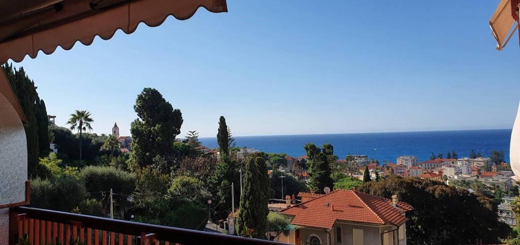 Appartamento in vendita a Bordighera, 3 locali, prezzo € 399.000   CambioCasa.it