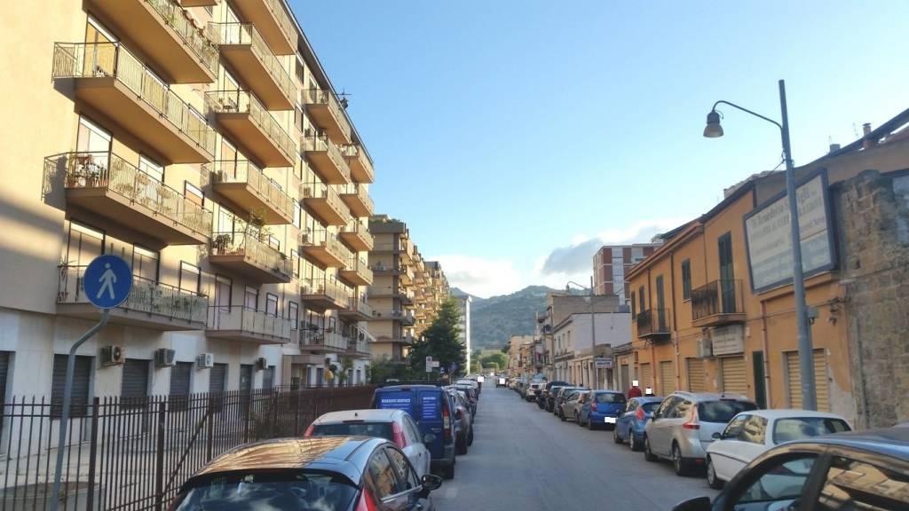 Appartamento in Affitto a Palermo Periferia Nord: 3 locali, 110 mq