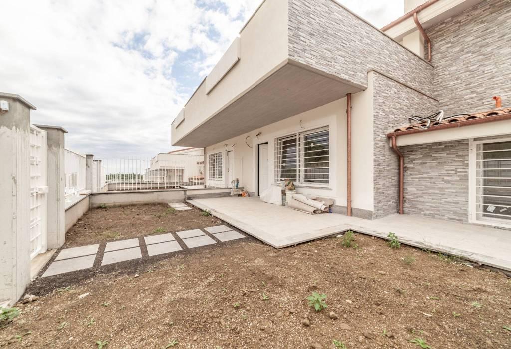 Villa a Schiera in vendita a Formello, 5 locali, prezzo € 255.000 | CambioCasa.it