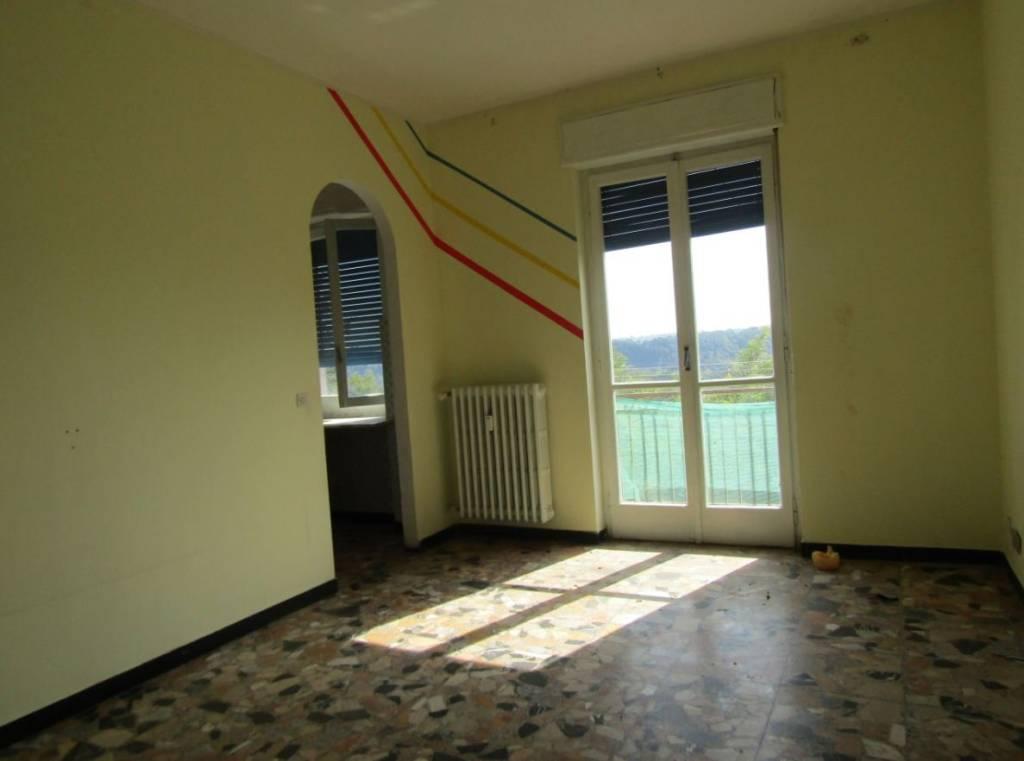 Appartamento in vendita a Fossano, 3 locali, prezzo € 32.000 | CambioCasa.it