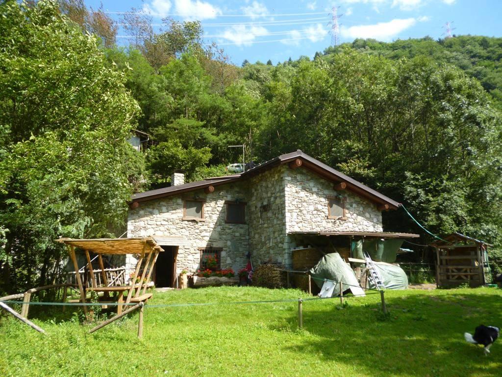 Rustico / Casale in vendita a Edolo, 5 locali, prezzo € 200.000 | PortaleAgenzieImmobiliari.it