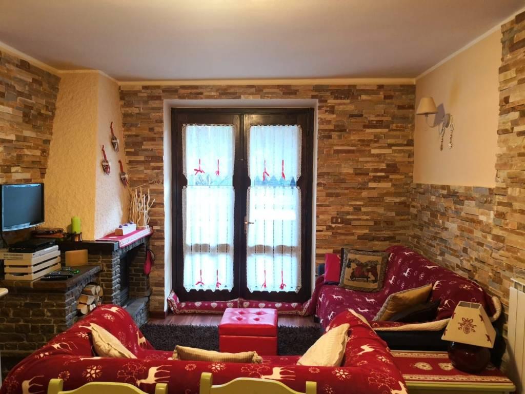 Appartamento in vendita a Temù, 2 locali, prezzo € 132.000 | PortaleAgenzieImmobiliari.it