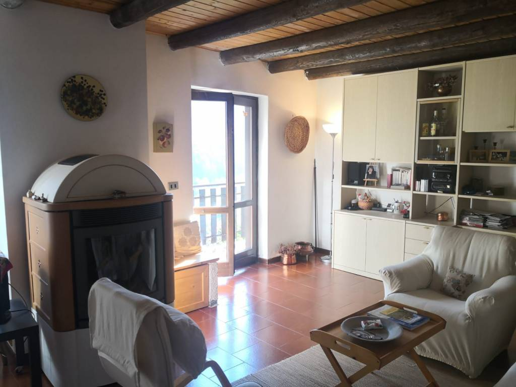 Appartamento in vendita a Temù, 3 locali, prezzo € 100.000 | PortaleAgenzieImmobiliari.it