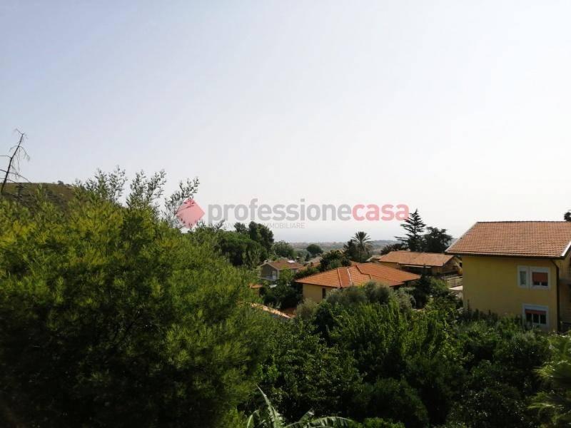 Villa in Vendita a Trecastagni Periferia: 5 locali, 300 mq