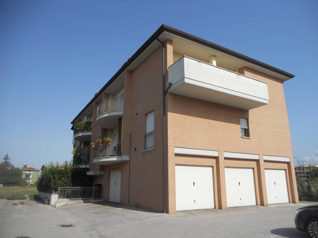 Appartamento in vendita a Foligno, 5 locali, prezzo € 158.000 | PortaleAgenzieImmobiliari.it