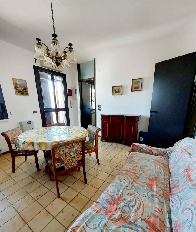 Appartamento in vendita a Vignate, 3 locali, prezzo € 119.000 | CambioCasa.it