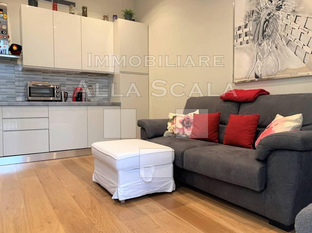 Appartamento in affitto a Milano, 2 locali, zona Centro Storico, Duomo, Brera, Cadorna, Cattolica, prezzo € 1.200 | PortaleAgenzieImmobiliari.it