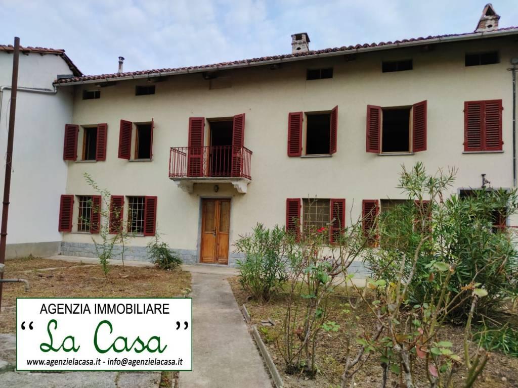 Rustico / Casale in vendita a San Paolo Solbrito, 6 locali, prezzo € 59.000 | CambioCasa.it