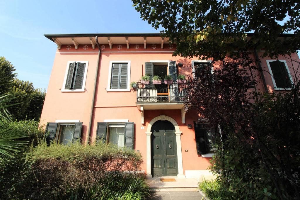 Villa in vendita a Isola della Scala, 10 locali, prezzo € 457.000 | CambioCasa.it
