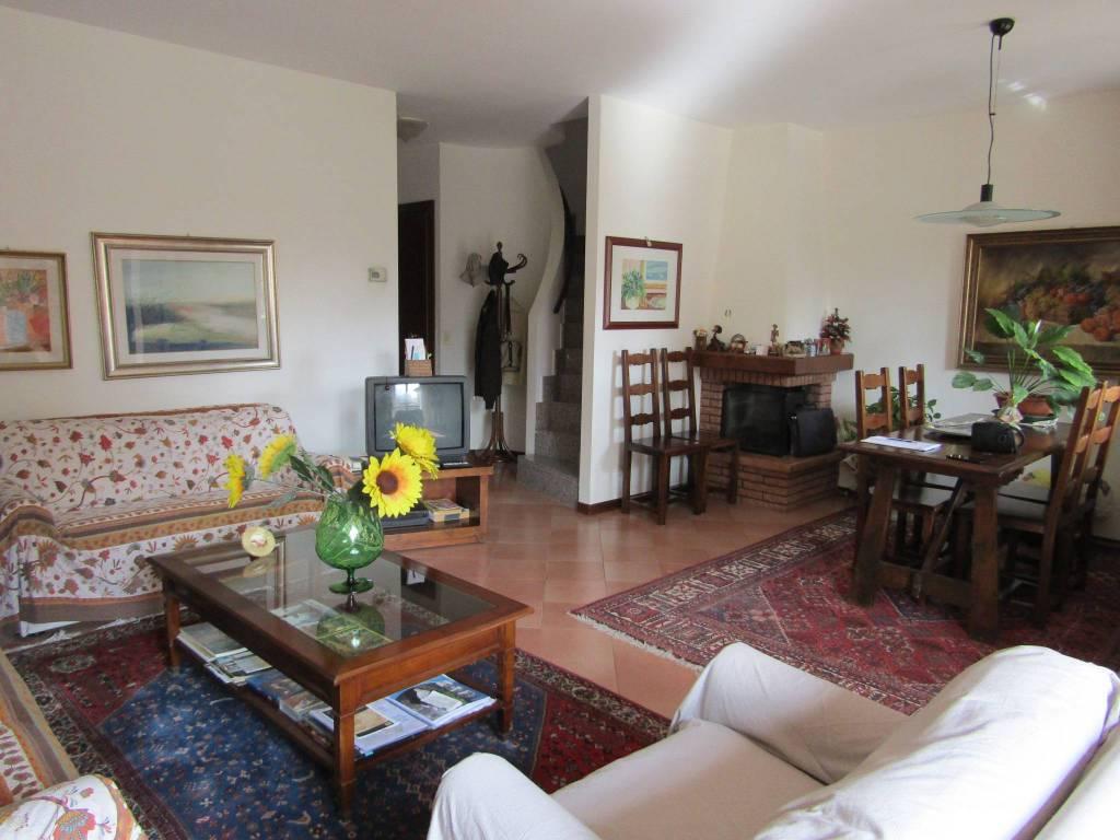 Villa a Schiera in vendita a Segrate, 6 locali, prezzo € 445.000   PortaleAgenzieImmobiliari.it