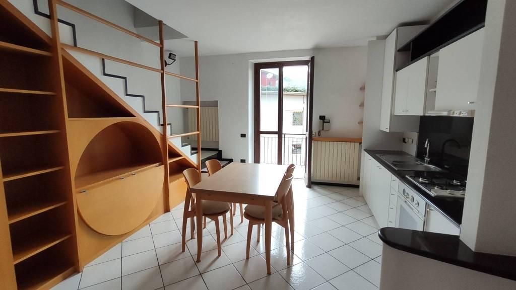 Appartamento in vendita a Albino, 3 locali, prezzo € 125.000 | PortaleAgenzieImmobiliari.it