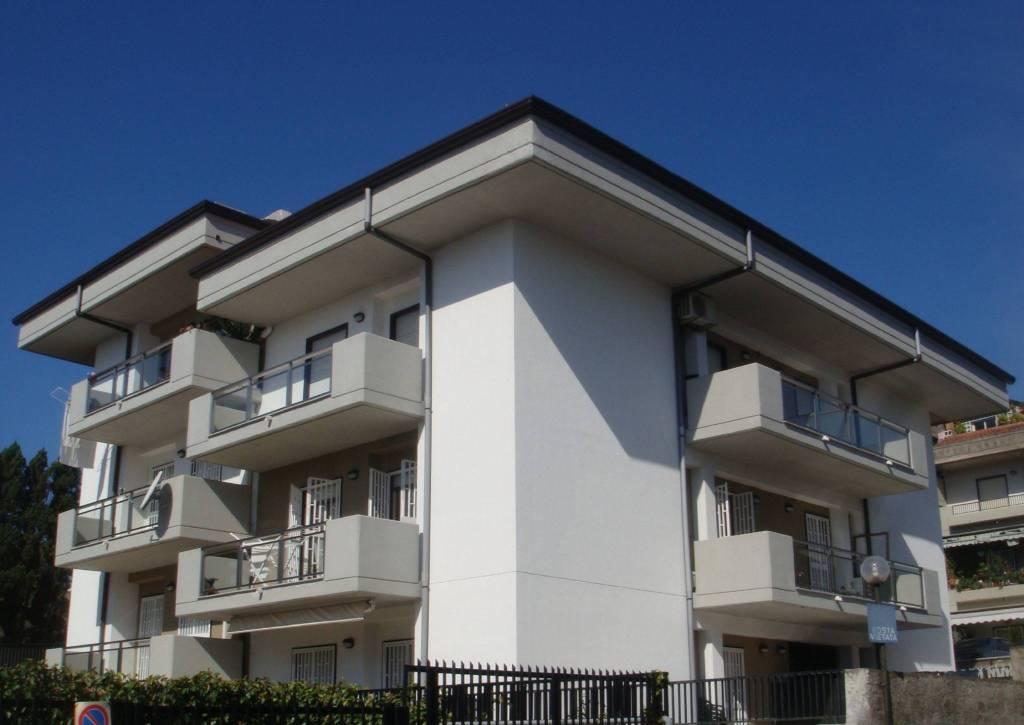 Appartamento in Affitto a Aci Castello Centro: 2 locali, 50 mq